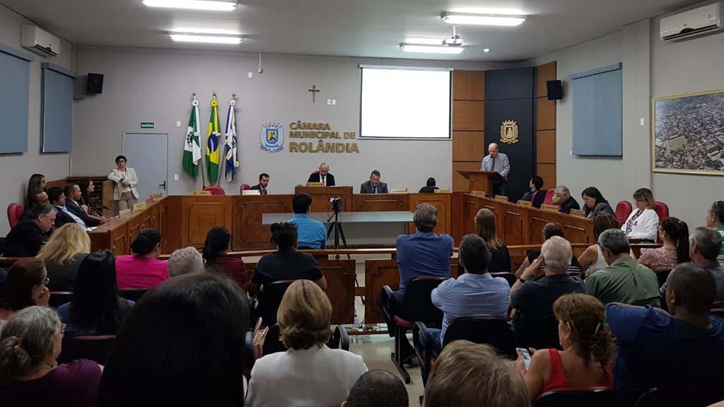 Por 5 votos a favor e 5 contra, Câmara de Rolândia arquiva CP contra Francisconi